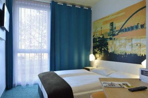 B&B Hotel Koln-Messe - фото 2