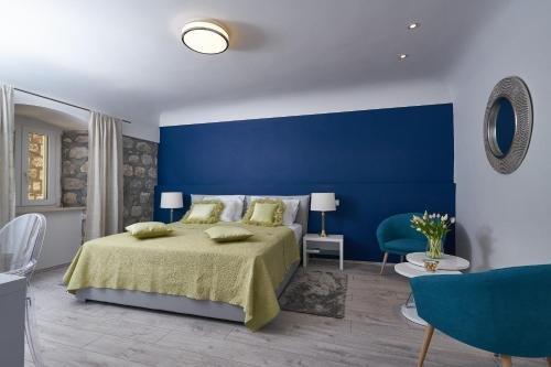 Apartments Giron - фото 1