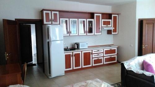 Raduzhnaya Guest House - фото 2