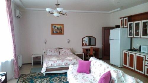 Raduzhnaya Guest House - фото 9