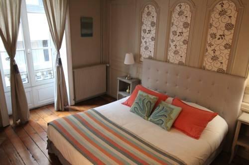 L'Escapade Bordelaise - Chambres d'Hotes - фото 9