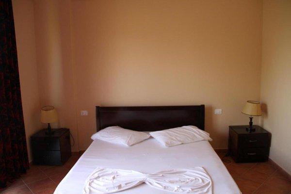 Гостиница «ONUFRI», Golem