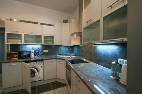 Pavlova 3 Apartment - фото 8