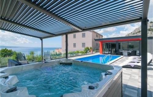 Holiday home Omis 41 with Outdoor Swimmingpool - фото 31