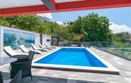 Holiday home Omis 41 with Outdoor Swimmingpool - фото 12