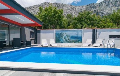 Holiday home Omis 41 with Outdoor Swimmingpool - фото 13