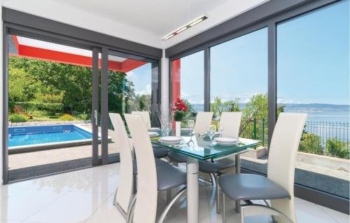 Holiday home Omis 41 with Outdoor Swimmingpool - фото 20