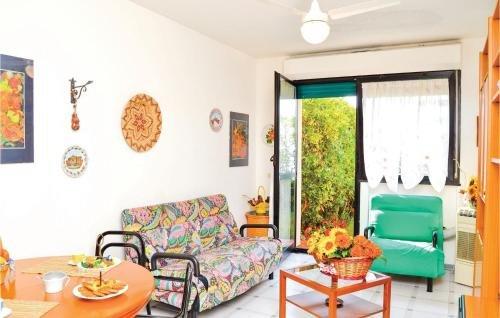 Apartment Varazze 71 with Outdoor Swimmingpool - фото 6