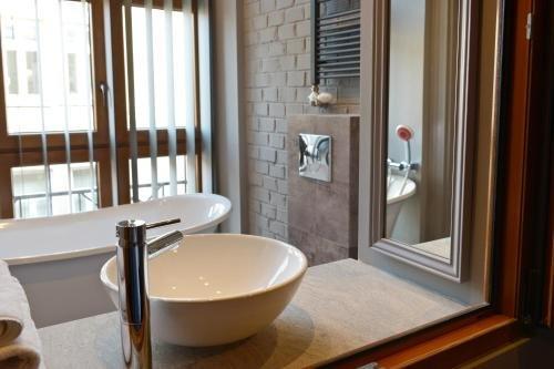 La Gioia Grey Stylish Apartments - фото 12