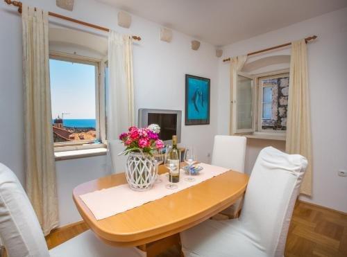 Peline Apartments - фото 11
