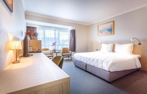 Hotel Carlton - фото 1