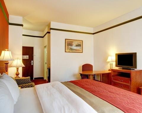 Photo of FairBridge Inn & Suites Cleburne