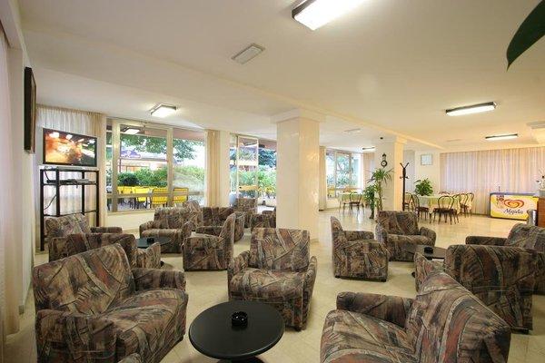 Mon Hotel - фото 4