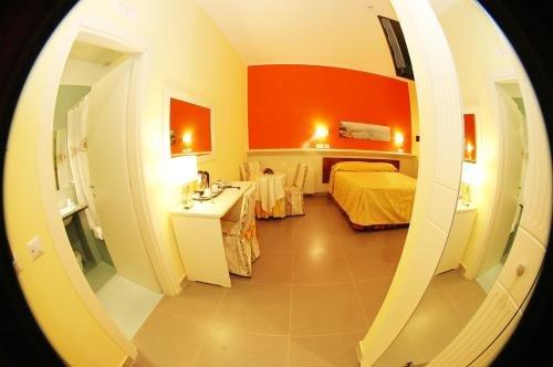 Capodichino International Hotel - фото 2