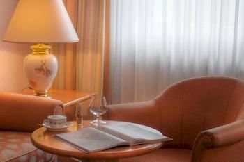 Ambassador Hotel Bosten - фото 9
