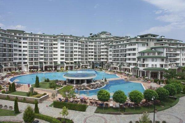 Aparthotel Emerald Spa Resort - фото 1