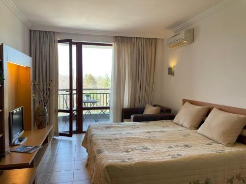 Aparthotel Emerald Spa Resort - фото 14