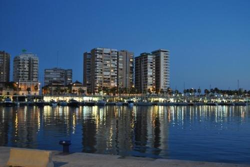 Malaga Center Flat Mezquitilla - фото 22