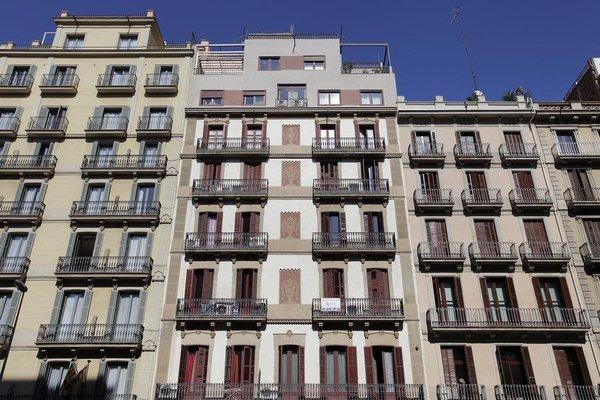 Barcelona Bs - Las Ramblas - фото 8