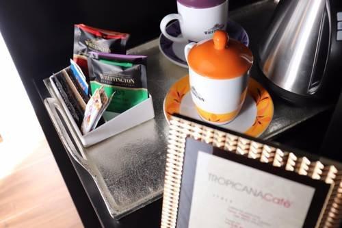 Tropicana Room and Breakfast - фото 17
