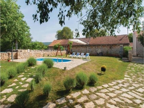 Holiday home Lozovac with Outdoor Swimming Pool 441 - фото 13
