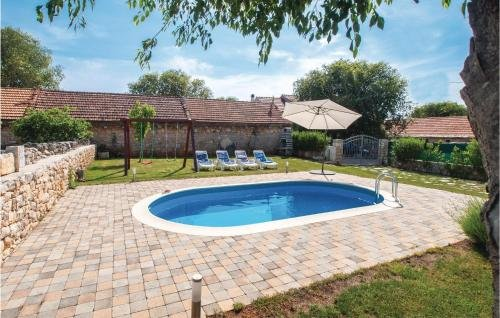 Holiday home Lozovac with Outdoor Swimming Pool 441 - фото 16