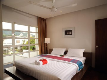 19 Karat TTDI Holiday Homes
