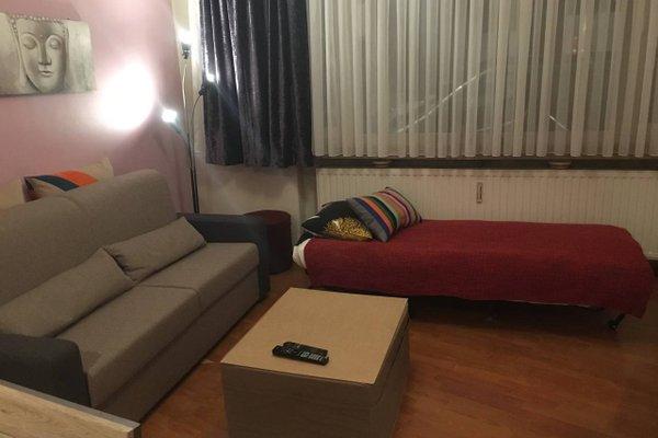 One-bedroom Apartment near Atomium - фото 9