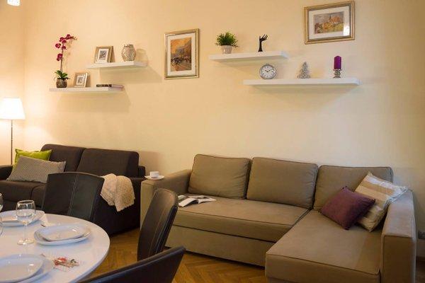 Modern Apartment Vsehrdova - фото 9
