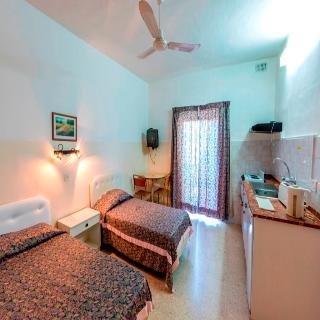 Huli Hotel & Apartments - фото 1