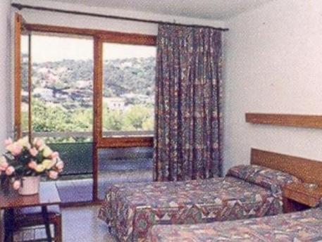 Гостиница «Soms Park», Тосса-де-Мар