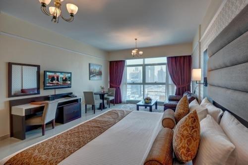 Emirates Grand Hotel Apartments - фото 6