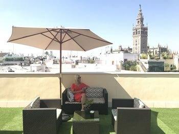 Апарт-Отель Q&Q Cathedral Suites - фото 23