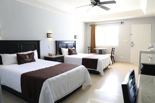 Hotel Santorian - фото 1