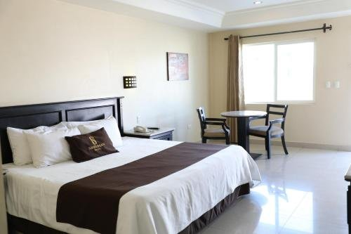 Hotel Santorian - фото 2