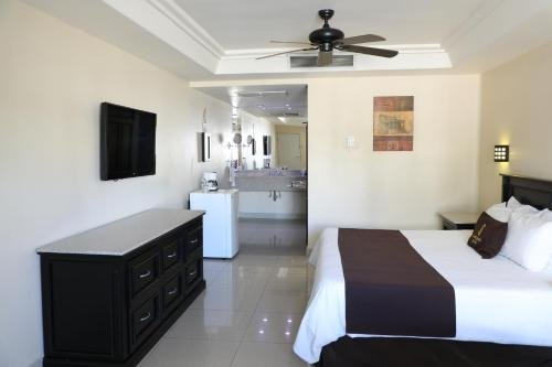 Hotel Santorian - фото 4