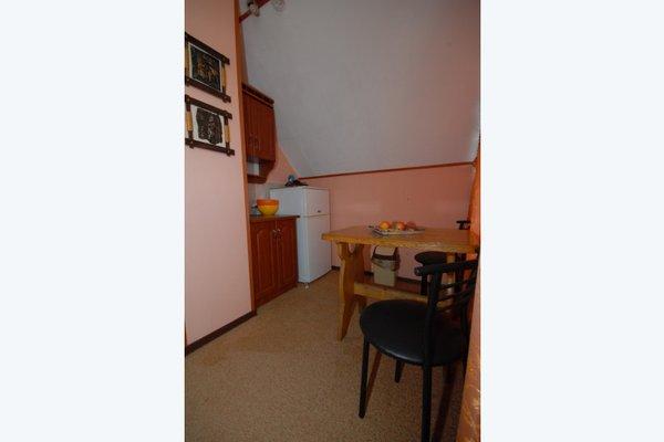 Black Cat Guest House - фото 4