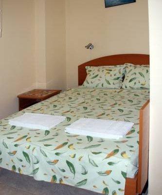 Hotel Holiday Rodopi - фото 2
