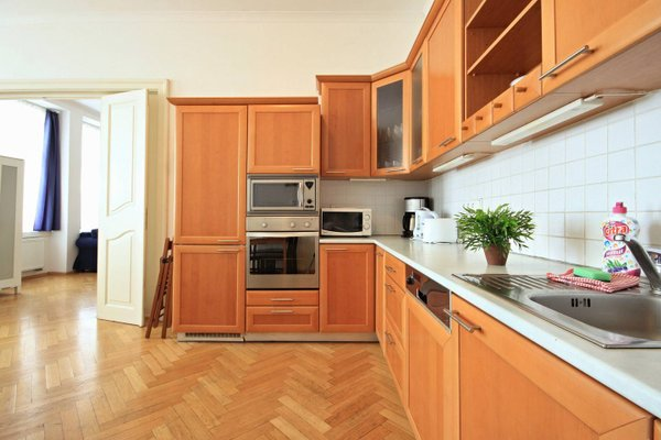 Quadrio Bedroom Central Apartment - фото 20
