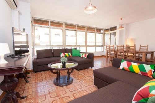 Apartamentos Malaga Merced - фото 2