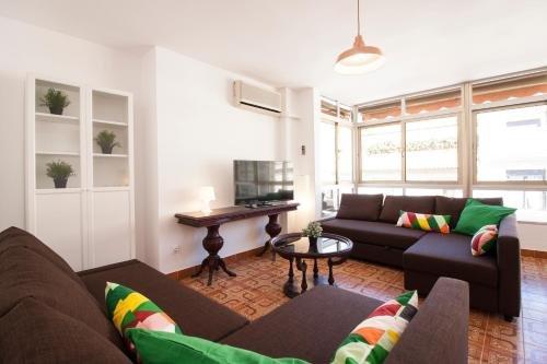 Apartamentos Malaga Merced - фото 3