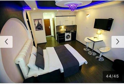 Apartment in Batumi Sea Towers - фото 6