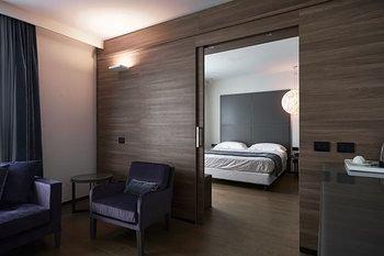 Link124 Hotel - фото 4
