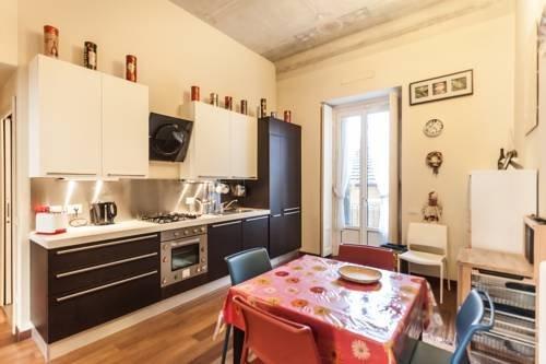 Tiraboschi Apartment - фото 5