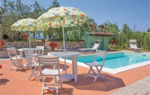 Two-Bedroom Holiday home Castelfiorentino with a Fireplace 05 - фото 10