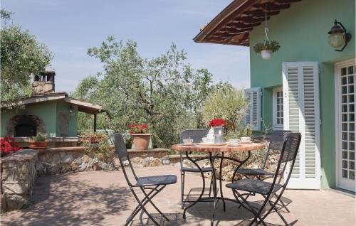 Two-Bedroom Holiday home Castelfiorentino with a Fireplace 05 - фото 12