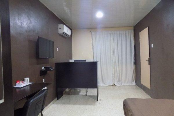 Posh Apartments Self Catering - фото 8