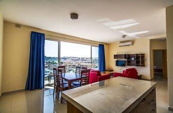 Blubay Apartments - фото 18