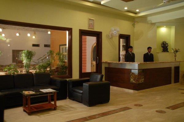 Hotel Ratnawali - A Pure Veg Hotel - фото 18