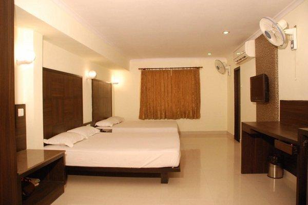 Hotel Ratnawali - A Pure Veg Hotel - фото 4